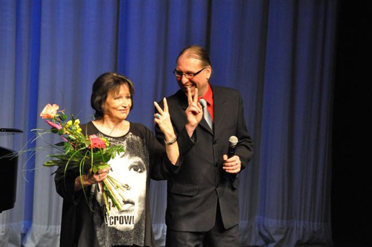 V divadle s Martou Kubišovou